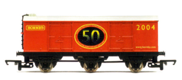 Hornby 2004 6 Wheel Closed Van