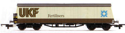 UKF Fertilisers Procor Pallet Van