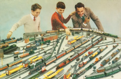 Hornby Railways Collector Guide - Model Note - Train Set RS7